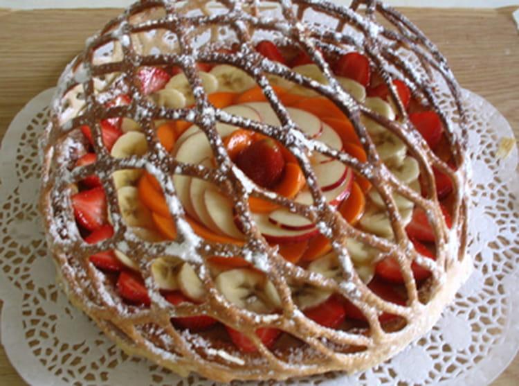 recette de tarte en lorgnette aux fruits du moment la recette facile. Black Bedroom Furniture Sets. Home Design Ideas