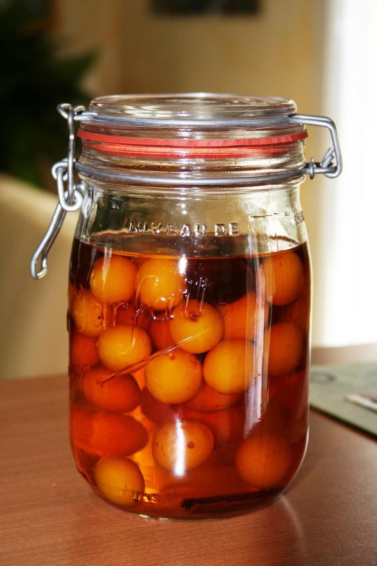 Recette de mirabelles l 39 eau de vie la recette facile - Recette avec des mirabelles ...