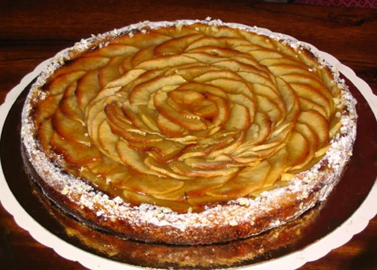 recette de tarte aux pommes poires et coings la recette facile. Black Bedroom Furniture Sets. Home Design Ideas