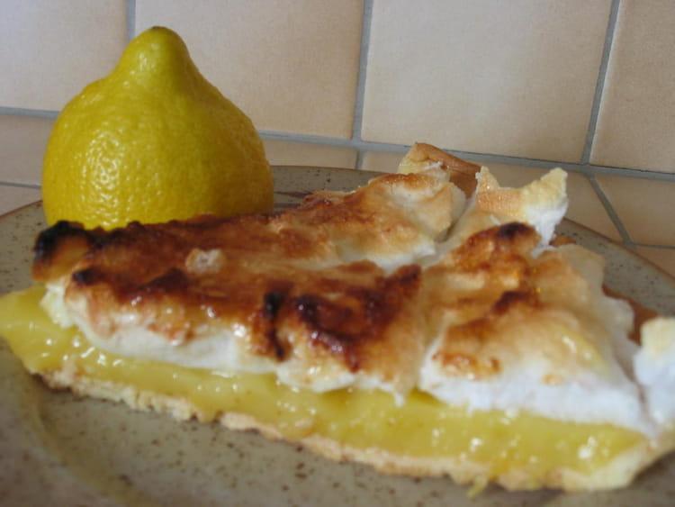 Recette de tarte l g re au citron meringu e la recette facile - Recette tarte citron meringuee facile ...