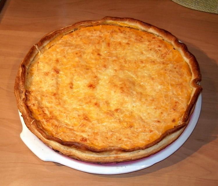 recette de tarte au thon et la carotte la recette facile. Black Bedroom Furniture Sets. Home Design Ideas