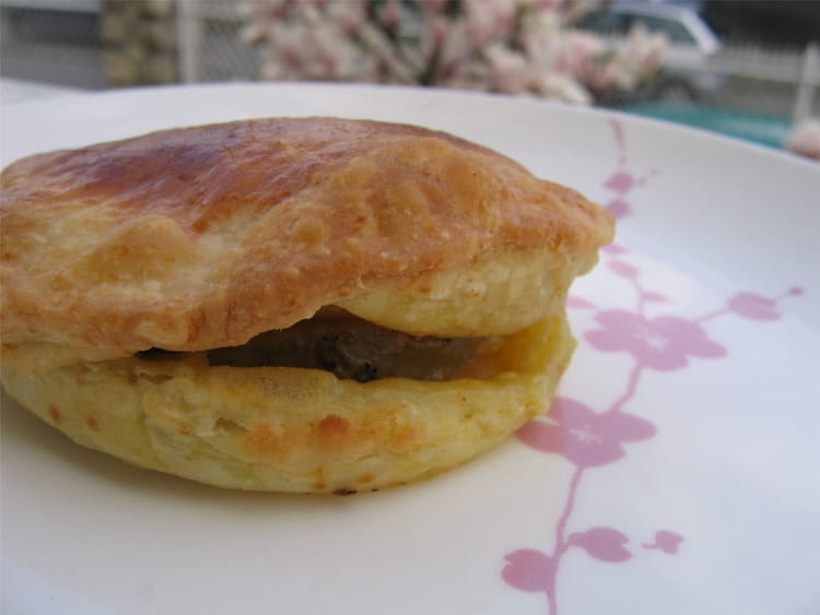 Feuillet s de foie gras aux pommes la recette facile - Feuillete aux pommes caramelisees ...