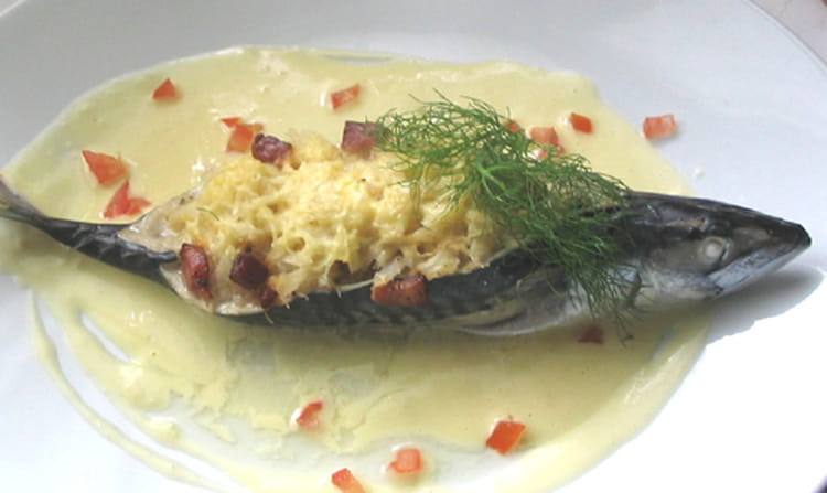 Recette de maquereaux la choucroute la recette facile - Cuisiner choucroute cuite ...