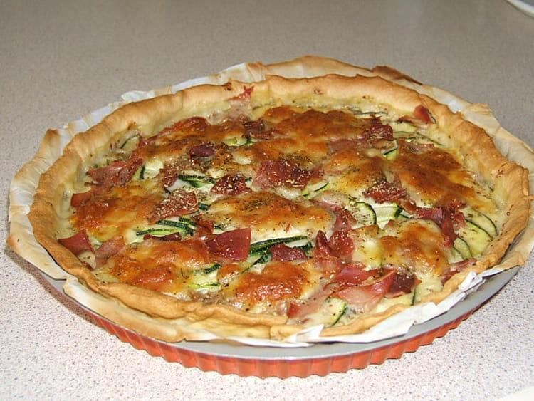 Recette de tarte courgettes jambon cru la recette facile - Tarte soleil jambon cru ...