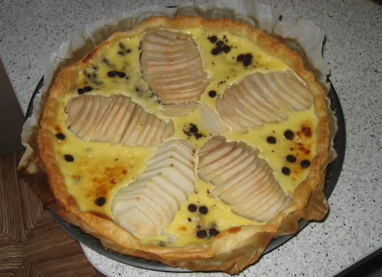 Recette de tarte aux poires et p pites de chocolat la recette facile - Recette tarte aux chocolat ...