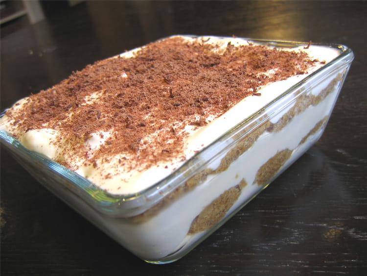 Tiramisu la recette facile - Recette tiramisu au chocolat ...
