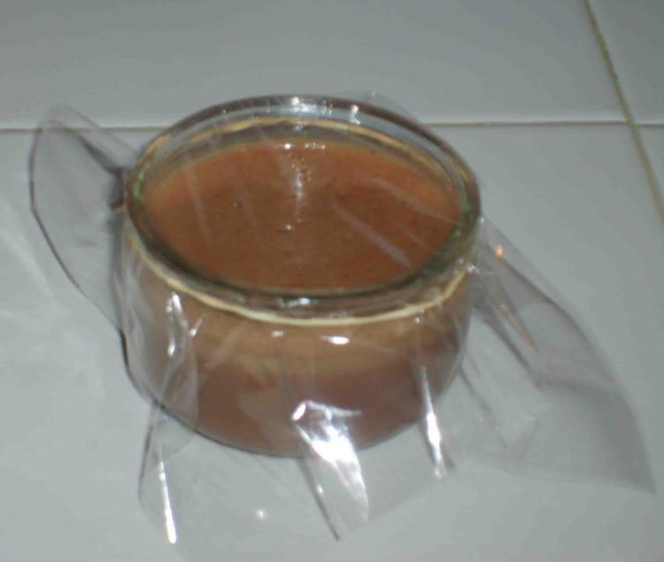 recette de petits pots de cr 232 me au chocolat la recette facile