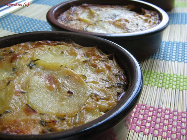 recette de gratin de pommes de terre au roquefort la. Black Bedroom Furniture Sets. Home Design Ideas