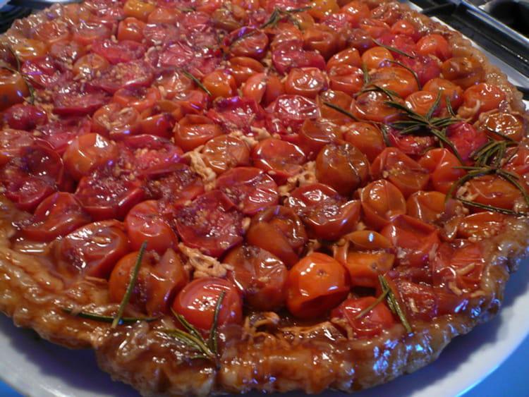recette de tarte tatin de tomates cerises la recette facile. Black Bedroom Furniture Sets. Home Design Ideas