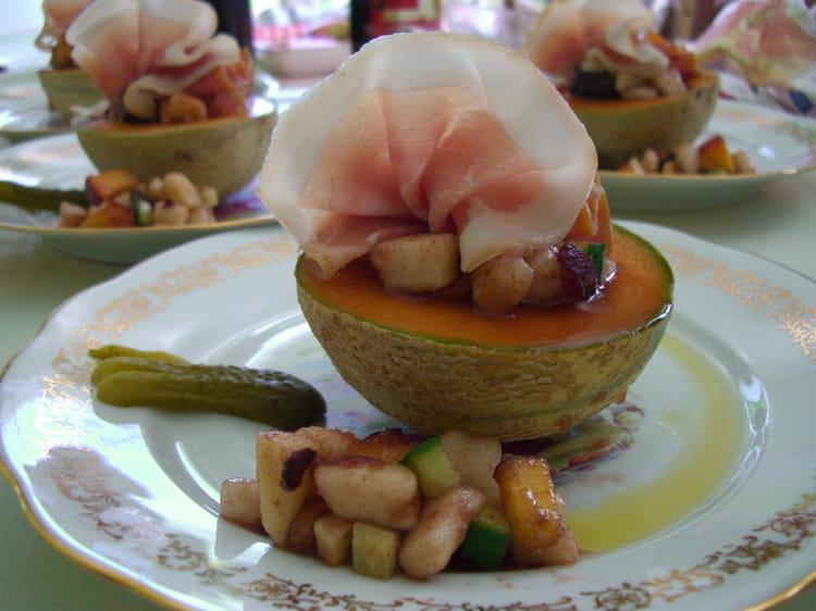 Recette de melon et jambon de parme en sucr sal la recette facile - Melon jambon cru presentation ...