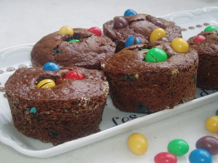 Recette de g teaux au chocolat aux m m 39 s la recette facile for Decoration gateau m m s