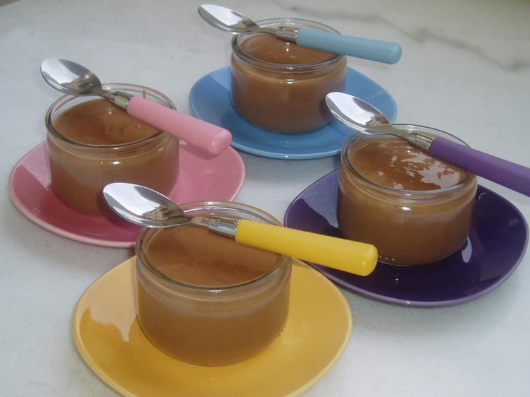 recette de petits pots de cr 232 me au chocolat au lait la recette facile