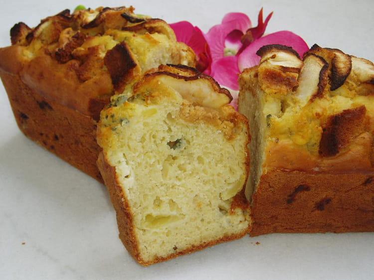 recette de cake au roquefort pommes et pain d 39 pices la recette facile. Black Bedroom Furniture Sets. Home Design Ideas