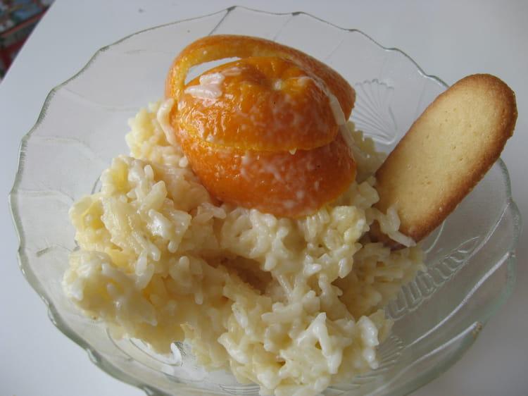 riz au lait au zeste d 39 orange la recette facile. Black Bedroom Furniture Sets. Home Design Ideas