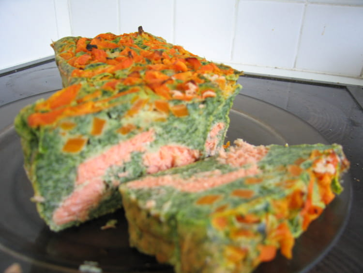 recette de cake au saumon pinards et carottes la recette facile. Black Bedroom Furniture Sets. Home Design Ideas