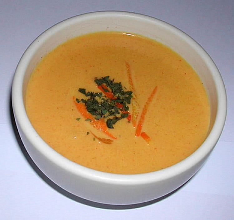 recette de cr me de carottes curry coco la recette facile. Black Bedroom Furniture Sets. Home Design Ideas