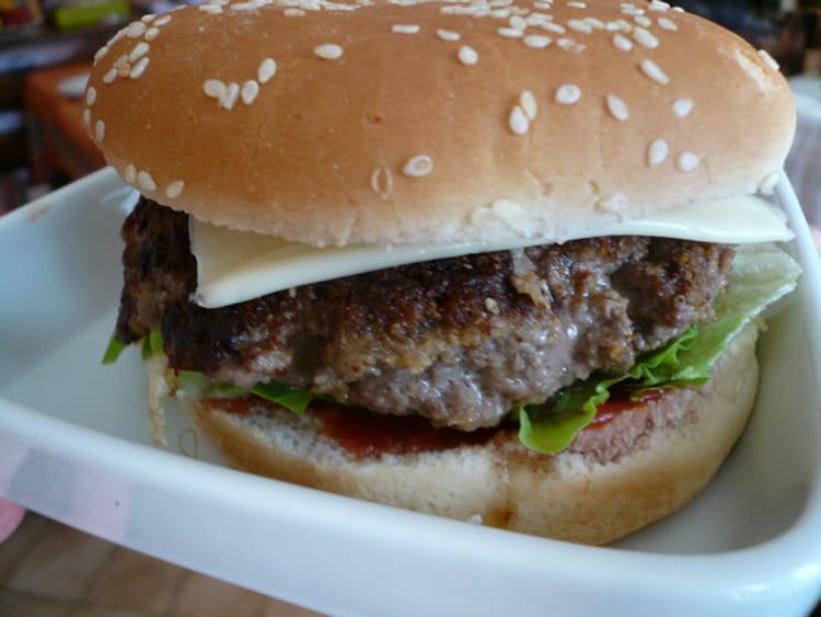 Recette de hamburger 100 maison la recette facile - Recette hamburger maison original ...