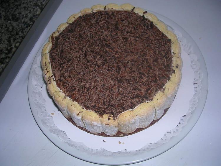 Charlotte au chocolat simplissime la recette facile - Charlotte au chocolat facile ...