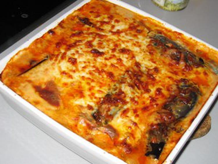Lasagnes v g tariennes aux aubergines la recette facile - Cuisiner des aubergines facile ...