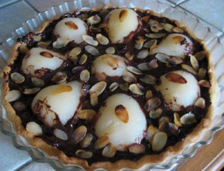 recette de tarte aux poires chocolat et amandes effil es la recette facile. Black Bedroom Furniture Sets. Home Design Ideas