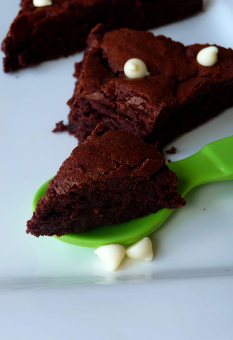 Recette ultra fondant au chocolat sans farine la recette facile - Recette d un fondant au chocolat ...