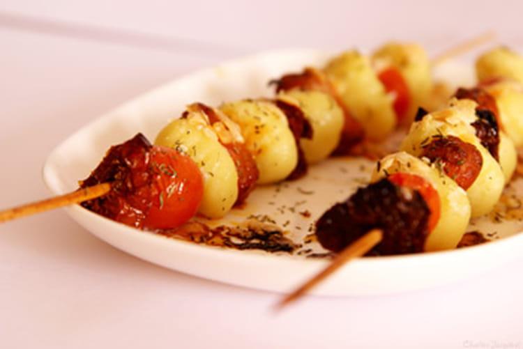 Recette de brochette de gnocchi saveurs du sud la recette facile - Brochettes apero dinatoire ...