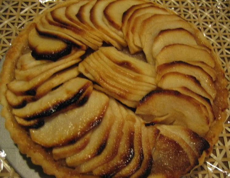 recette de tarte aux m res des bois et aux pommes la recette facile. Black Bedroom Furniture Sets. Home Design Ideas