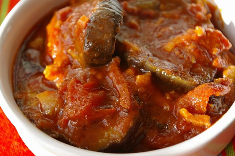 Recette de cassolette d 39 aubergines la sauce tomate la - Cuisiner aubergine a la poele ...