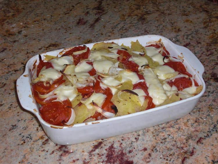 recette de gratin l ger de pommes de terre et de tomates la recette facile. Black Bedroom Furniture Sets. Home Design Ideas