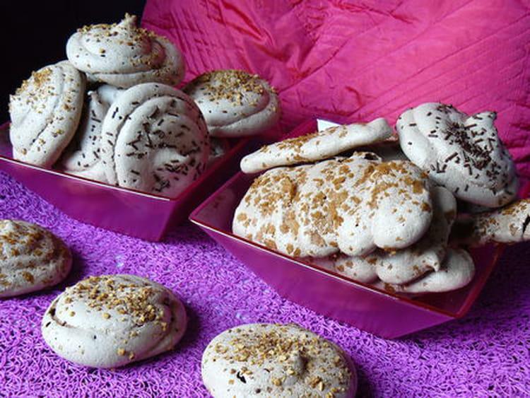 Recette de meringues au chocolat la recette facile - Recette de meringue facile ...