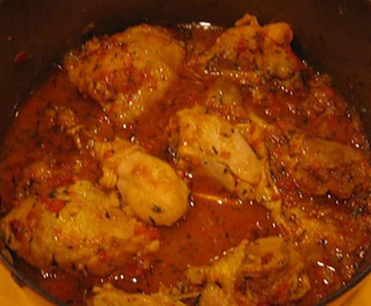 Cari de poulet aux tomates la recette facile - Cuisiner poulet entier ...