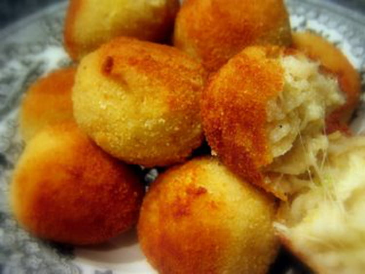 recette arancini croquettes de riz la mozzarella la recette. Black Bedroom Furniture Sets. Home Design Ideas