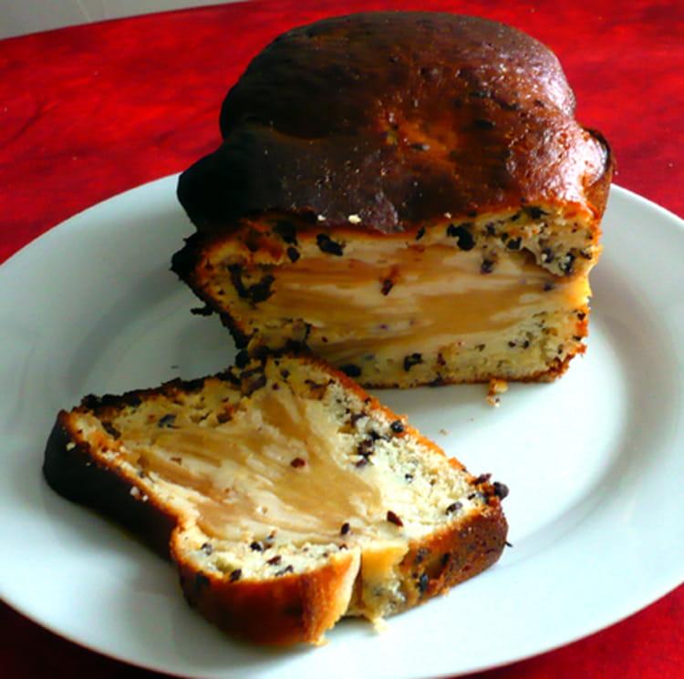 recette de cake aux pommes et gru de cacao la recette. Black Bedroom Furniture Sets. Home Design Ideas