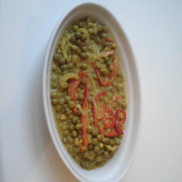 Recette de po l e de petits pois au curry la recette facile - Comment cuisiner des petit pois en boite ...