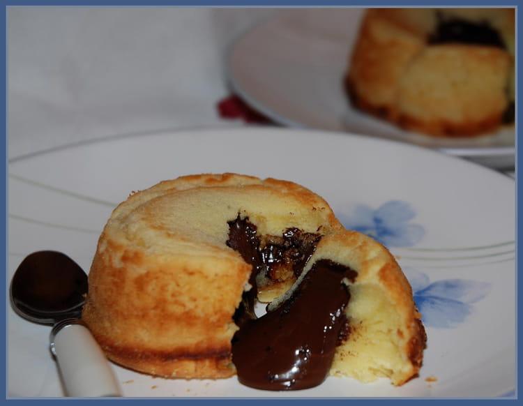 Recette de fondant au chocolat blanc coeur coulant la recette facile - Recette du fondant au chocolat ...