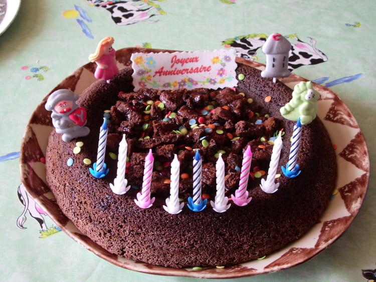 Recette de g teau d 39 anniversaire au chocolat la recette - Gateau au chocolat anniversaire facile ...