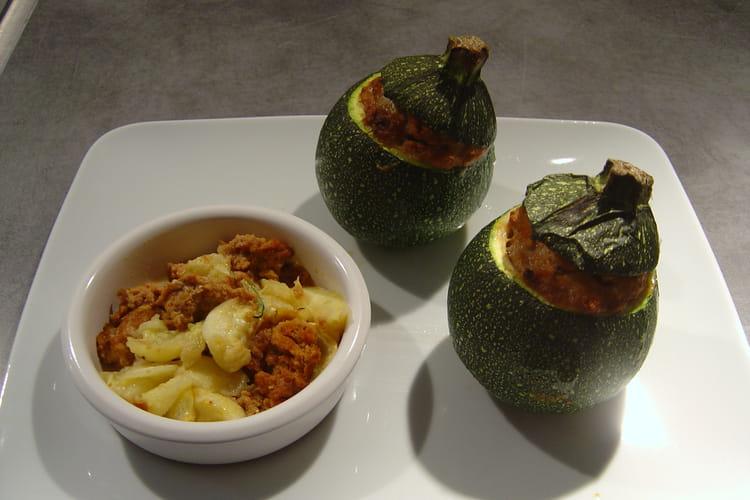 Recette de courgettes rondes farcies au b uf la recette - Cuisiner courgettes rondes ...