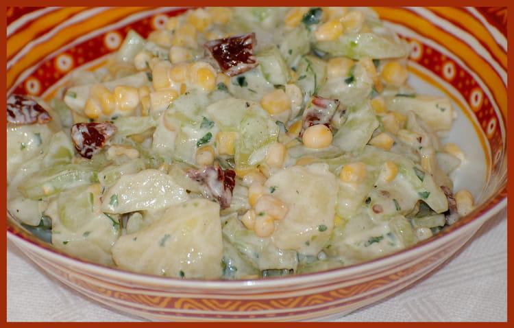 recette de salade de concombre et pomme de terre la recette facile. Black Bedroom Furniture Sets. Home Design Ideas