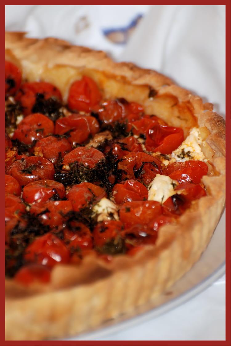 recette de tarte aux tomates cerises et ch vre frais la recette facile. Black Bedroom Furniture Sets. Home Design Ideas