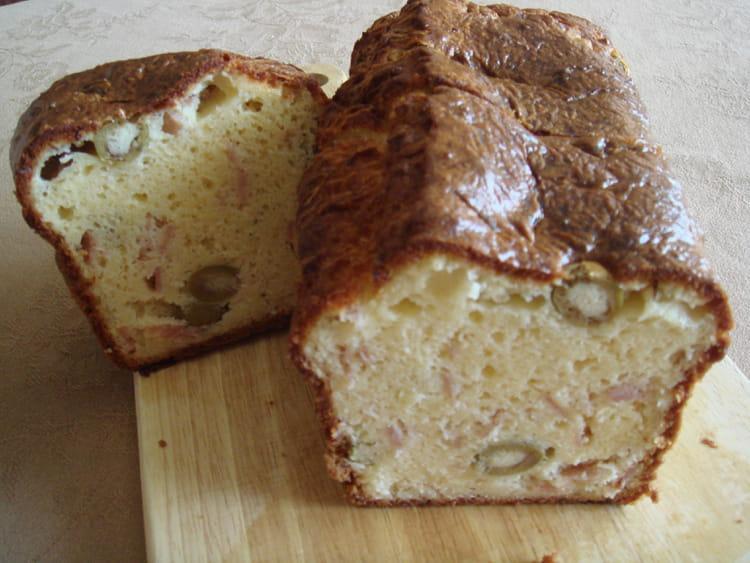 Recette de cake aux olives et d s de jambon la recette facile - Recette cake aux olives et jambon ...