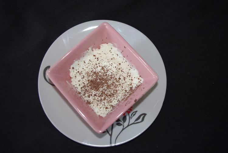 recette de mousse l g re au chocolat blanc la recette facile. Black Bedroom Furniture Sets. Home Design Ideas