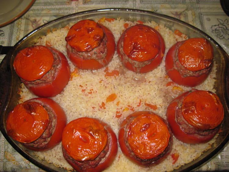 recette de tomates farcies traditionnelles la recette facile. Black Bedroom Furniture Sets. Home Design Ideas