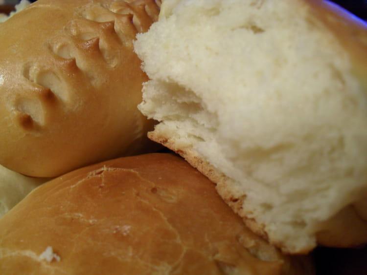 Recette de petits pains au lait maison la recette facile - Recette petit pain au lait ...