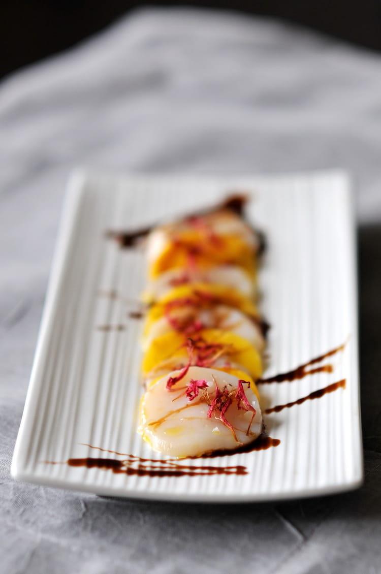 Recette de carpaccio de saint jacques la mangue caramel de vinaigre balsamique - Carpaccio de saint jacques ...