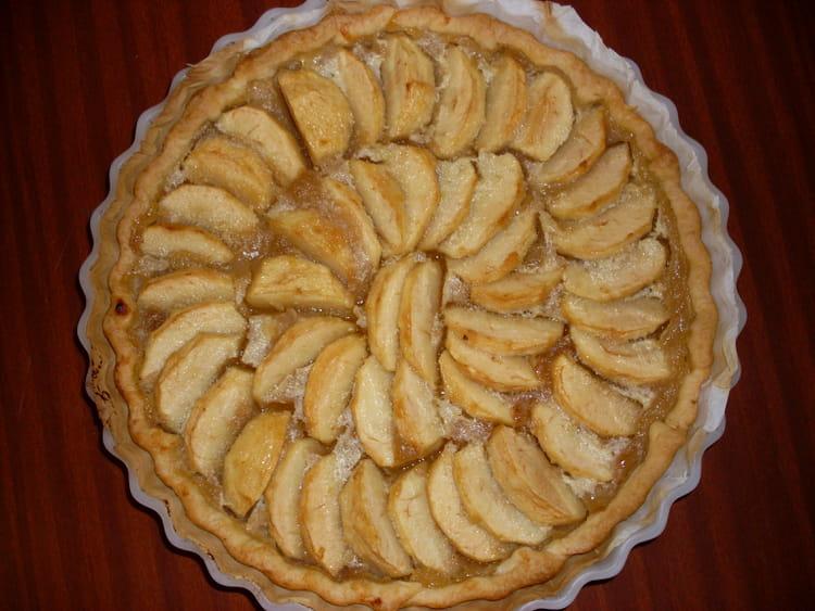 recette de tarte normande aux pommes la recette facile. Black Bedroom Furniture Sets. Home Design Ideas
