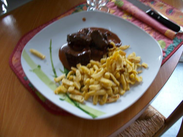 B uf bourguignon de grand m re la recette facile - Cuisiner le boeuf bourguignon ...