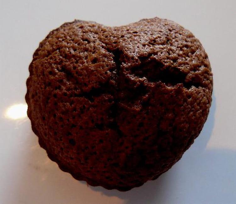 recette de mini g teaux au chocolat la recette facile. Black Bedroom Furniture Sets. Home Design Ideas