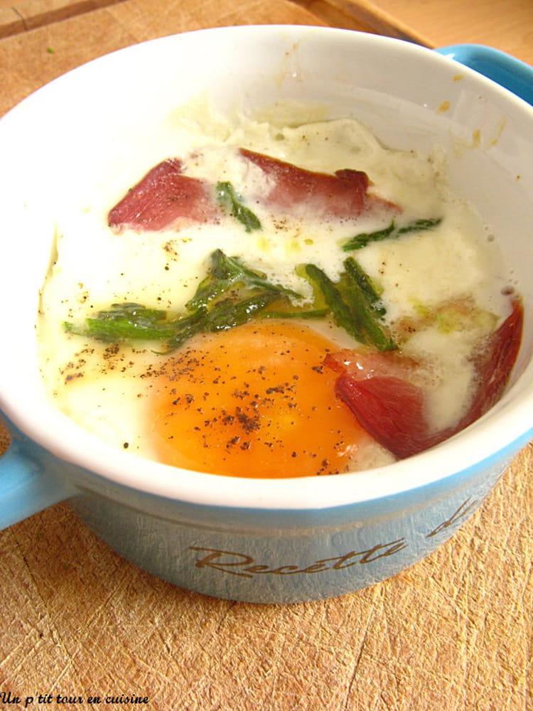Recette de ufs cocotte au magret de canard et pointes d 39 asperges la recette facile - Cuisiner le magret de canard au four ...