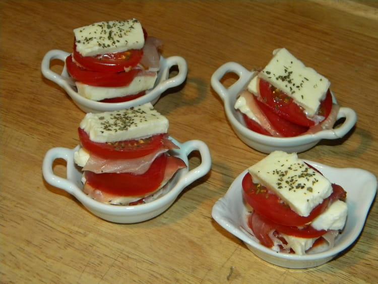 recette de mille feuilles de tomate la recette facile. Black Bedroom Furniture Sets. Home Design Ideas