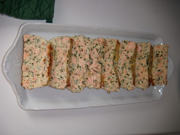 Recette de terrine de saumon simple et rapide la recette for Entrees froides rapides